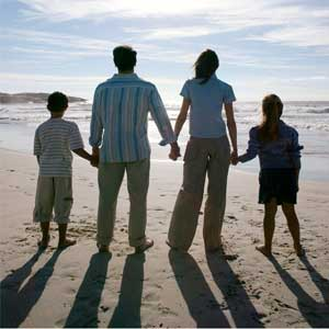 Rasist White family on Beach, to Avoid Black People